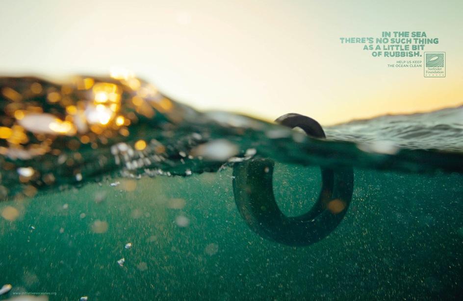 pneu-dans-la-mer